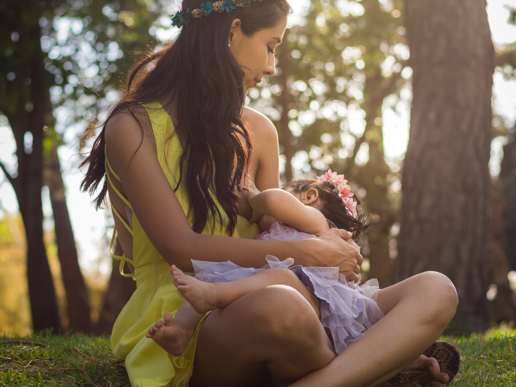 Breastfeeding Benefits for Mommies and Babies